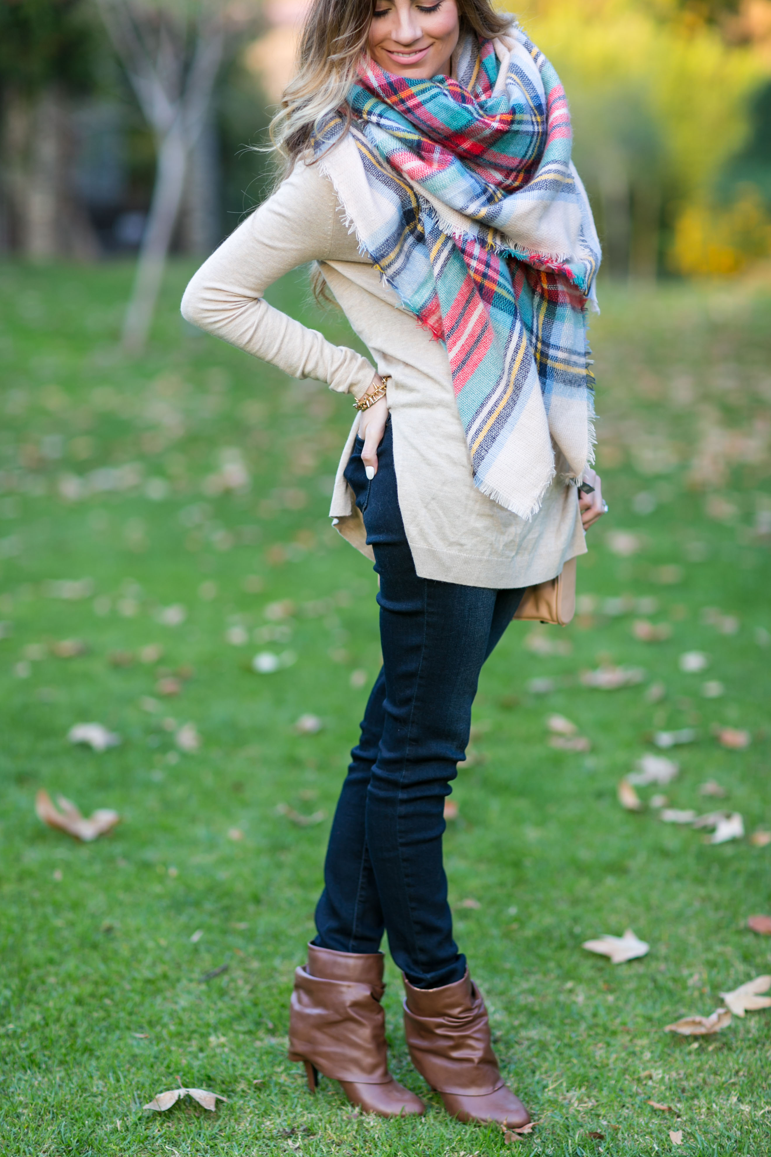 american eagle blanket scarf fall outfit angela lanter hello gorgeous