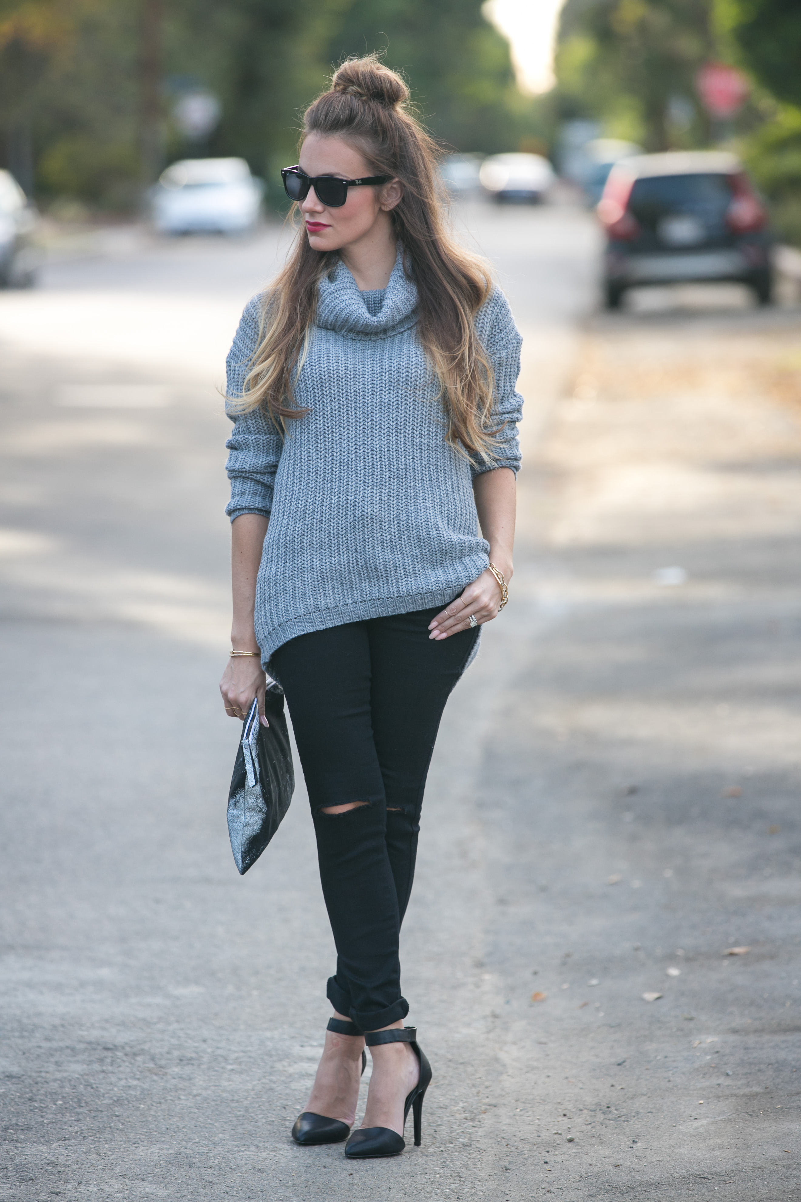 forever 21 chunky grey turtleneck sweater distressed skinny black jeans fall outfit inspo angela lanter hello gorgeous
